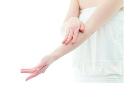 Čak 30 odsto stanovništva na planeti ima problema sa svrabom, a šta je atopijski dermatitis, zbog čega nastaje, kako se leči, ali i koji su praktični saveti za smanjenje svraba, otkriva naša stručna saradnica dr Nina Avakumović.