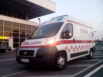 Transport sanitetskim vozilom obavljamo i do aerodroma