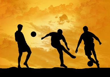 Zablude vezane za stvaranje spermatozoida slika tri muskarca koji igraju fudbal